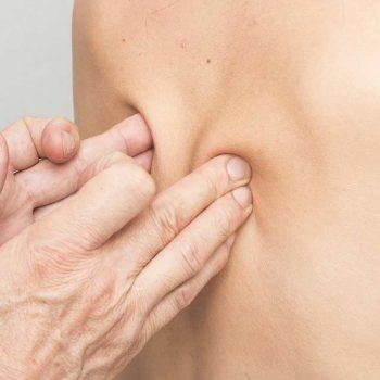 Masaje terapéutico para el dolor de espalda